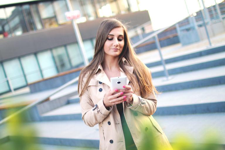 DecenterX – Verdienen met social media
